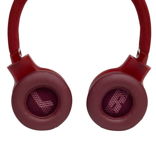JBL LIVE 400BT - Red - Your Sound, Unplugged - Detailshot 4
